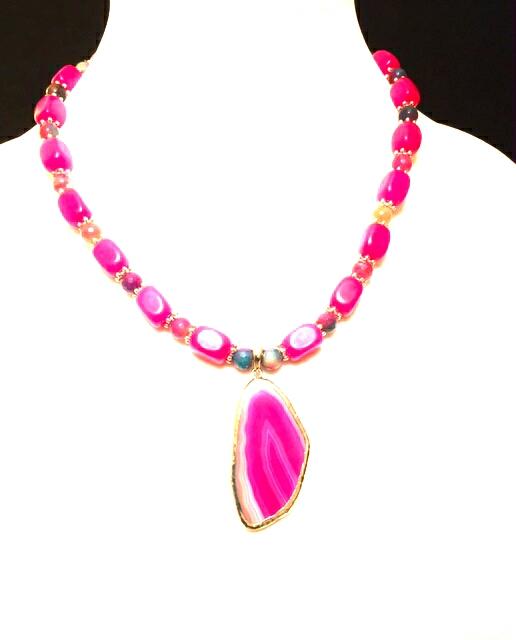 039353663 Fuschia necklace